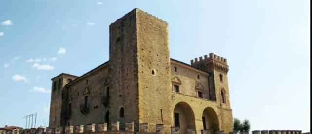 Abruzzo - Castello di Crecchio