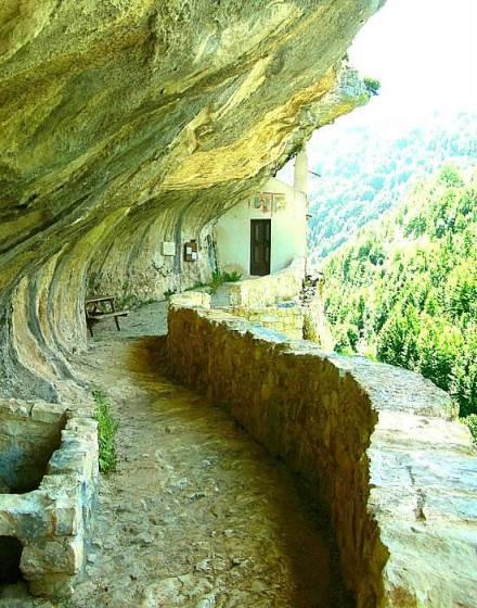Abruzzo - Eremo di San Bartolomeo